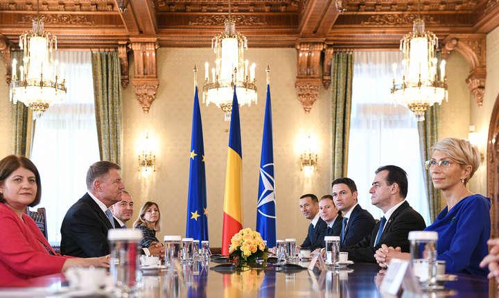 Klaus Iohannis, la consultările cu delegația PNL (Sursa foto: presidency.ro)