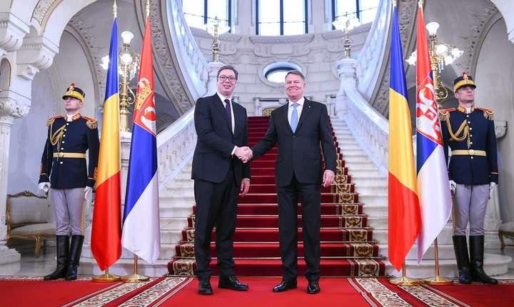 Preşedintele sârb, Aleksandar Vucic, primit de Klaus Iohannis (Sursa foto: presidency.ro)