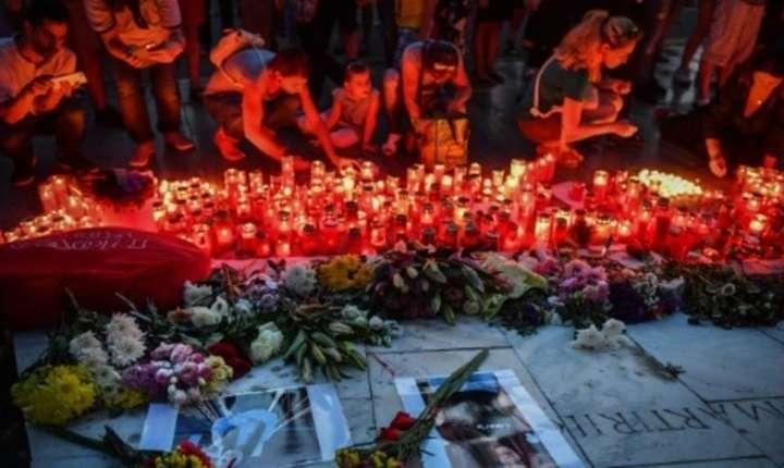 Le Monde: Moartea dezgustătoare a Alexandrei, în vârstă de doar 15 ani, o crimă care schimbă datele politicii în România