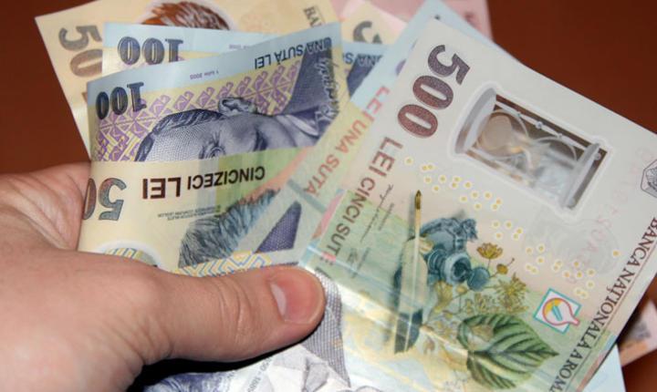 220 de persoane verificate de ANAF au de justificat averi de peste un milion de lei