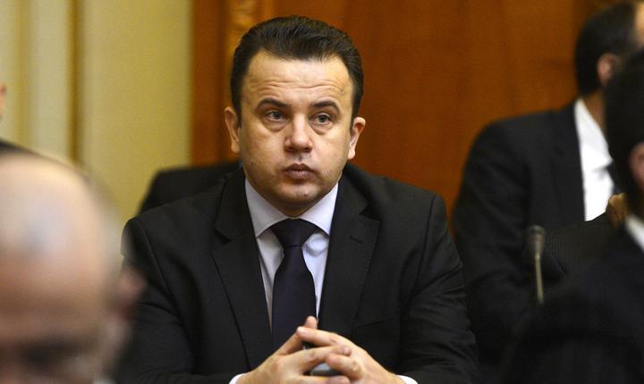 Liviu Pop spune că în România sunt mai mulți salariați decât pensionari