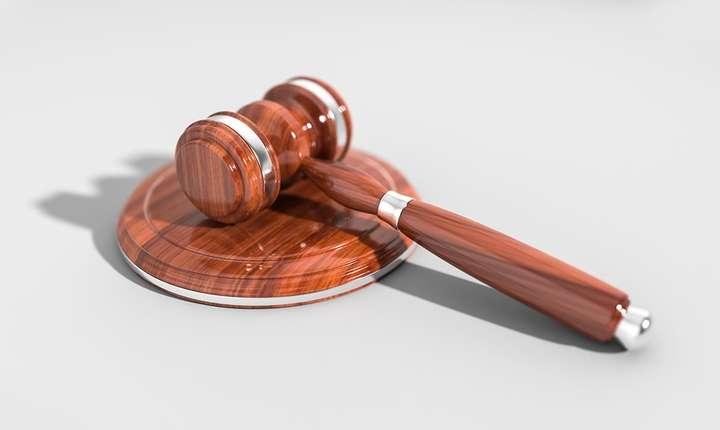 CCR trebuie să decidă în privința completurilor de trei judecători (Sursa foto: pixabay)