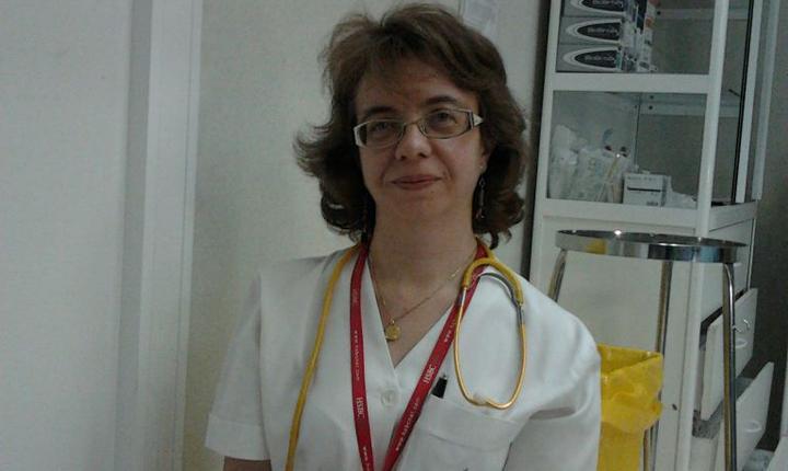 Luminita Stànciulescu, medic anestezist terapie intensivà la Spitalul de urgentà Floreasca, a realizat un stagiu la Spitalul Saint-Louis din Paris