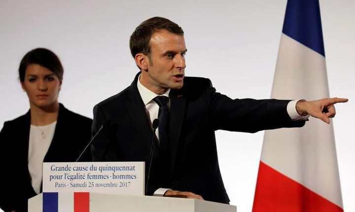 Presedintele francez Emmanuel Macron la Palatul Elysée, pe 25 noiembrie 2017, prezentându-si planul de combatere a violentelor contra femeilor