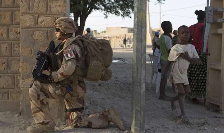 Soldat francez în Mali