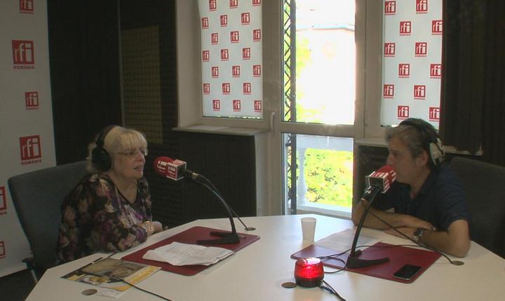 Irina Margareta Nistor și Nicolas Don in studioul de emisie radio RFI