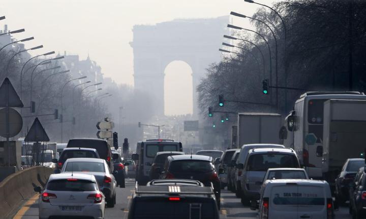 Incepând cu întâi iulie 2016, masinile cele mai poluante/vechi nu mai au voie sà circule la Paris