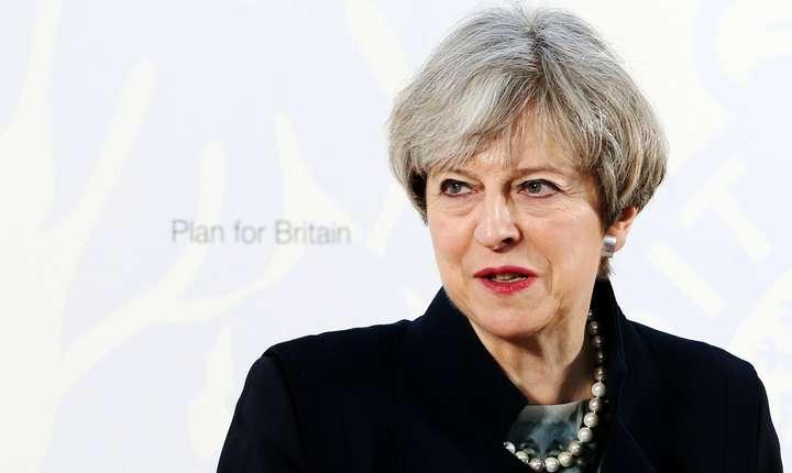 Theresa May vrea să reducă rata migraţiei nete sub 100.000 de persoane pe an