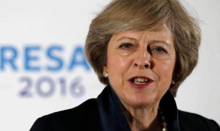 Premierul britanic Theresa May spera să poată declanșa Brexitul fără consultarea Parlamentului