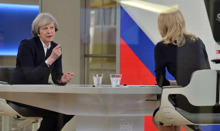 Theresa May intervievată de Sky News