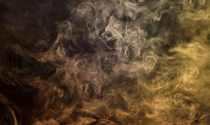Cât de nocive sunt ţigările electronice şi cele fără vapori? (Sursa foto: pixabay)