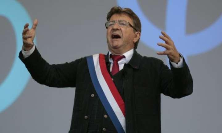 Stângistul Jean-Luc Mélenchon este unul dintre cei care au atacat presa cel mai virulent