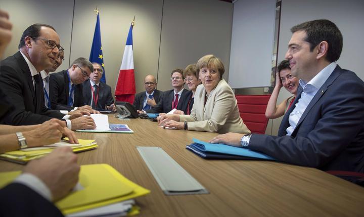 Germania și Franța au păreri diferite despre ieșirea Greciei din criză