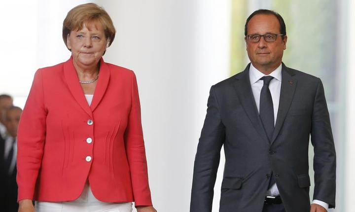 Cancelara germanà Angela Merkel si presedintele francez François Hollande la Berlin pe 24 august 2015