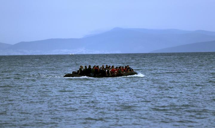 Vas cu imigranţi afgani, în Marea Mediterană