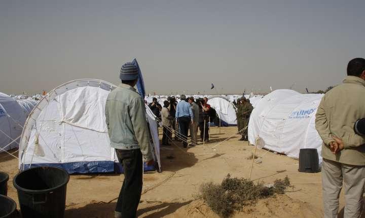 Susţinătorii drepturilor omului consideră pactul insuficient