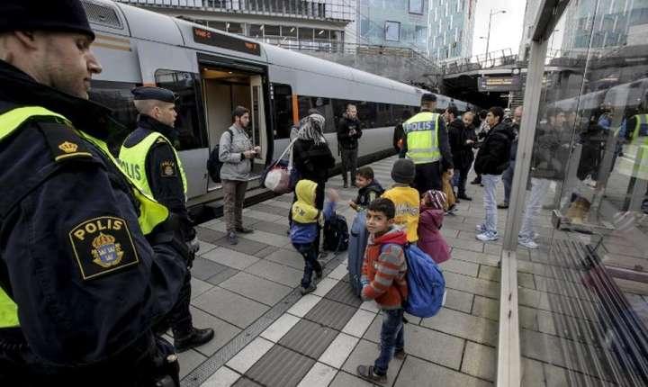 Grup de migranţi la Malmö, în Suedia, 2015