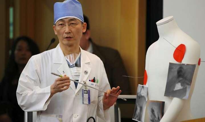 Un medic vorbeşte despre starea militarului nord-coreean dezertor (Foto: YONHAP/AFP)