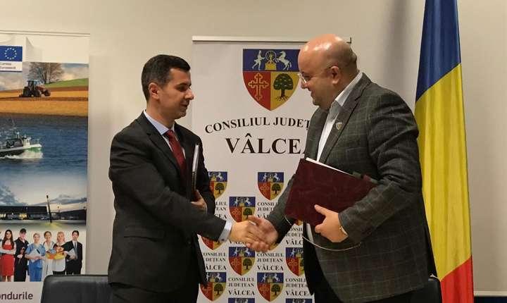 Marius Nica (s) şi-a anunţat demisia din Guvern (Sursa foto: Facebook/Marius Nica)