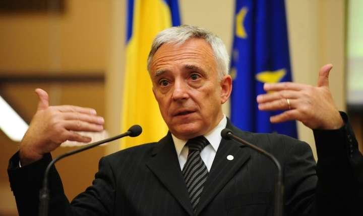 Mugur Isărescu a oferit lămuriri în Senat pe tema ROBOR (Sursa foto: AFP/Daniel Mihăilescu-arhivă, ilustraţie)