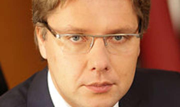 Liderul formaţiunii, primarul capitalei Riga, Nils Usakovs, şi-a exprimat ambiţia de a reuşi, de această dată, ca partidul său să intre la guvernare