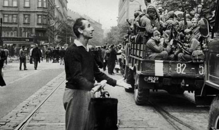 21 august 1968, un praghez le ruşilor să se întoarcă la ei acasă