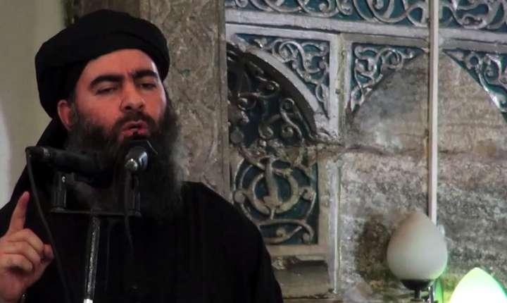 Numarul unu al gruparii jihadiste Stat Islamic - Abou Bakr al-Baghdadi la Mossul, Irak, într-un video datat 5 iulie 2014