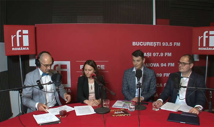 Sergiu COSTACHE, Angela MANOLACHE Alexandru CIUNCAN si Ciprian LĂDUNCĂ in studioul de inregistrari