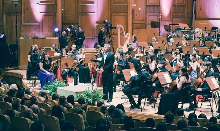 Symphactory Orchestra, sub bagheta dirijorului Tiberiu Soare