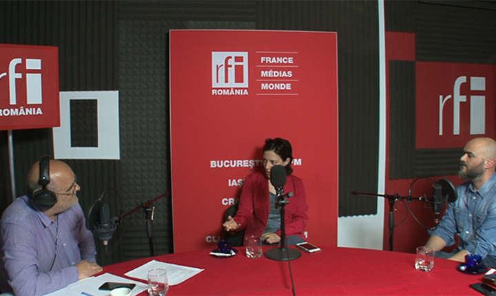 Ovidiu Nahoi, Oana Popescu si Rufin Zamfir in studioul de inregistrari al RFI Romania