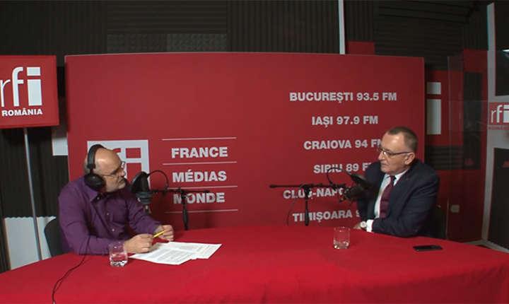 Ovidiu Nahoi si Sorin Cîmpeanu in studioul RFI Romania