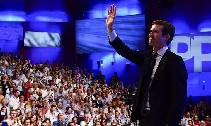 Pablo Casado, un tânăr jurist de doar 37 de ani, este noul președinte al Partidului popular spaniol.