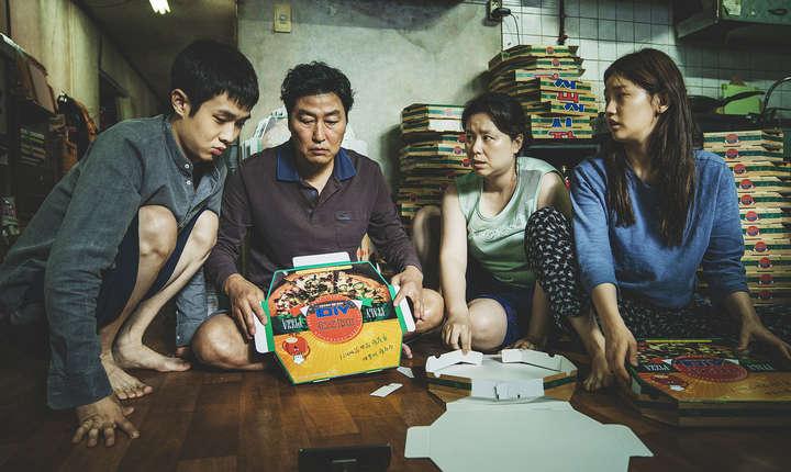 """Sud-coreeanul Bong Joon-Ho, realizator al filmului """"Parasite"""" obtine La Palme d'or 2019"""