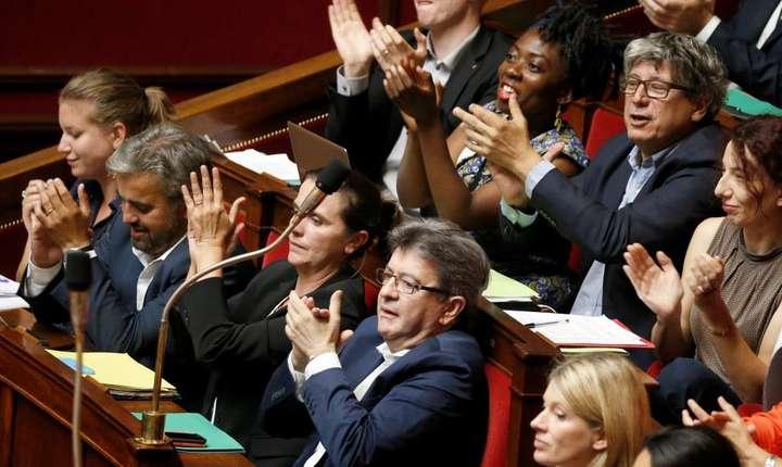 Franta nesupusà, partidul stângistului Jean-Luc Mélenchon, a devenit cea mai audibilà opozitie în parlamentul de la Paris