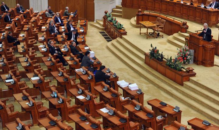 Parlamentarii se grăbesc să adopte noul Cod Fiscal