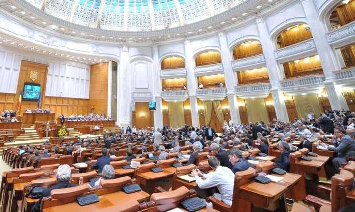 Legea pensiilor va fi amanata până în 2019