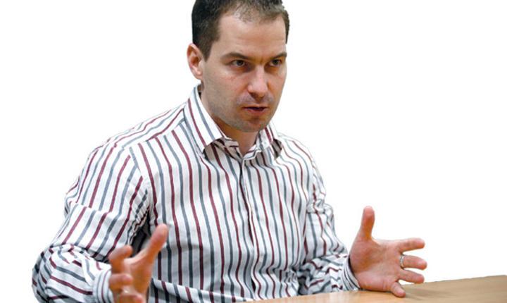 Peter Kreko, Political Capital