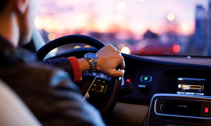 PMB vrea să le ofere stimulente financiare unor categorii de şoferi (Sursa foto: pixabay)