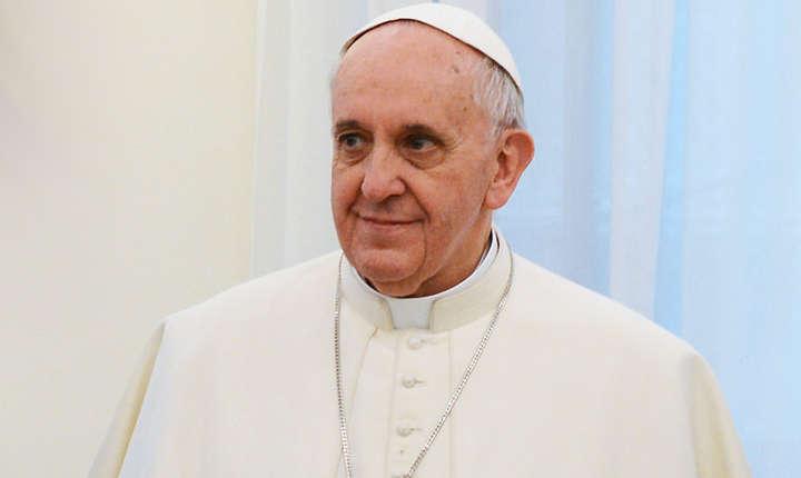 Papa Francisc i-a confirmat că va veni anul viitor în România