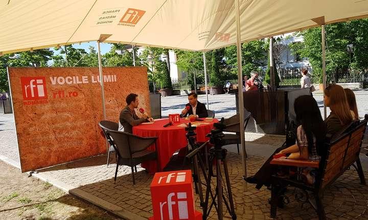 Mihai Chirica, în studioul mobil RFI din Iaşi