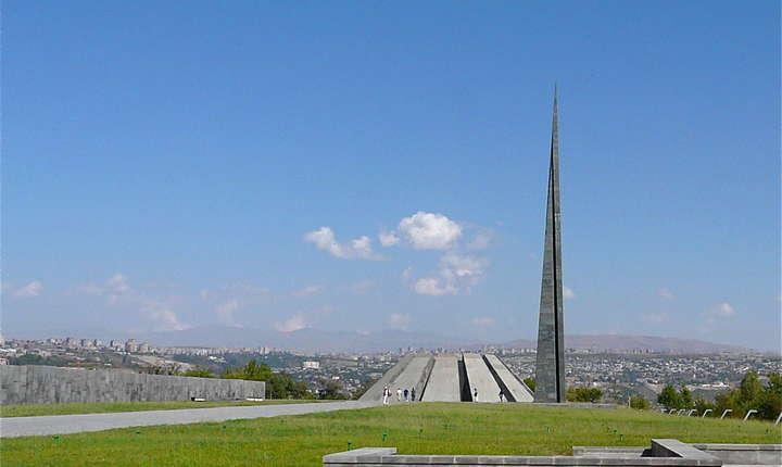Memorialul genocidului armean din Erevan, capitala Armeniei