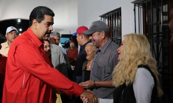 Presedintele Nicolas Maduro a votat pentru Adunarea Constituanta in deschiderea birourilor de vot, Caracas, 30 iulie 2017