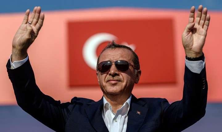 Presedintele turc Recep Tayyip Erdogan în august 2016 la Istanbul, dupa puciul ratat din 15 iulie.