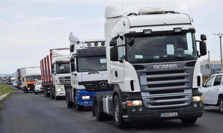 Transportatorii și reprezentanții Guvernului au ajuns la un consens în privința tarifelor la RCA