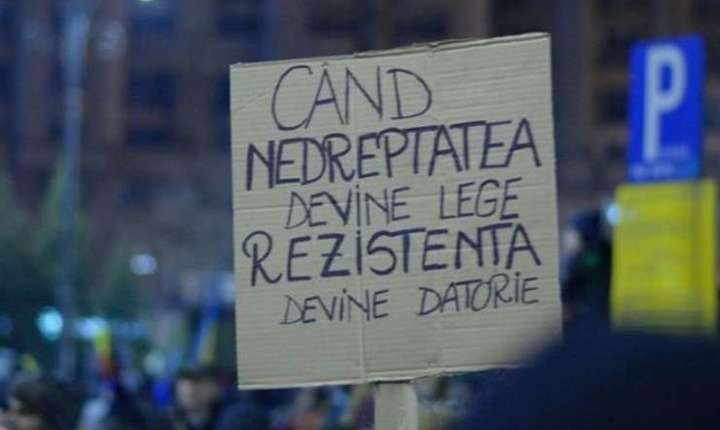 Proteste din cauza legilor justiţiei-arhivă (Sursa foto: declic.ro)