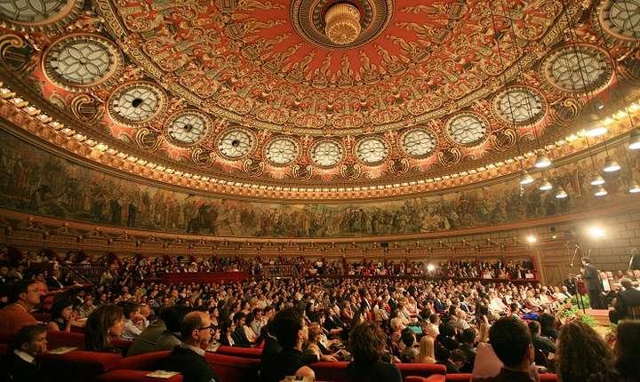 Publicul de la Ateneul Român în timpul Concursului Enescu 2014