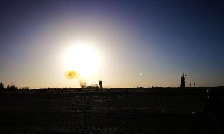 Racheta Longue Marche 2C a decolat în noaptea de 28 spre 29 octombrie de la centrul Spatial Jiuquan situata în desertul Gobi, cu obiectivul de a pune pe orbita CFOSat, primul satelit realizat de China si Franta