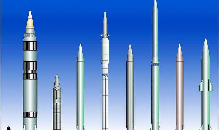Rachete balistice cu razà medie de actiune