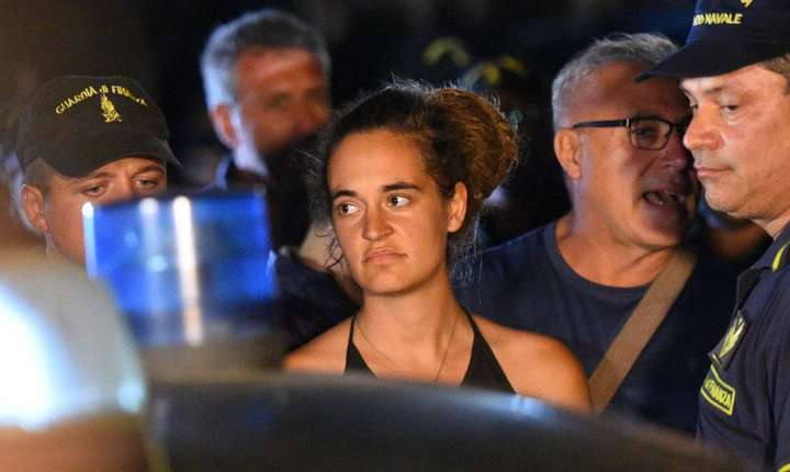 Carola Rackete, càpitana vasului Sea Watch, a fost arestatà în 29 iunie 2019 dupà ce a acostat la Lampedusa