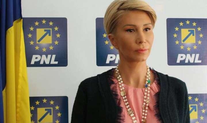 Raluca Turcan critică PSD în contextul dosarului Belina (Sursa foto: Facebook/Raluca Turcan)